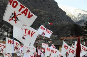 - La lutte des No-TAV dans la Val de Suse dans - TAV - LGV Lyon-Turin