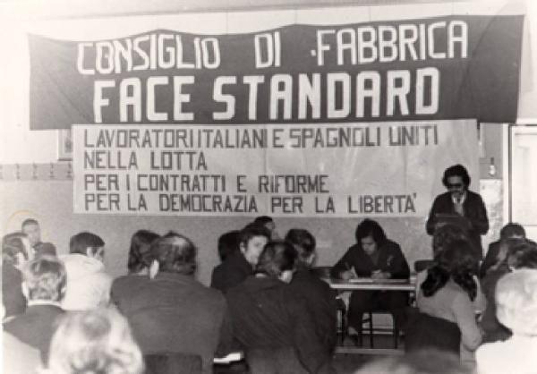 Resultado de imagen de worker protests in Italy in 1969 images